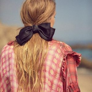 FREE PEOPLE HAIR BOW BARRETTE